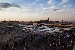Jemaa El Fna (Tracy Ward Photography) Tags: life africa street city light mountains heritage landscape site market northafrica muslim spice working culture morroco busy morocco maroc atlas marrakech souk medina marrakesh souks smelly marroc riad jemaaelfna low cinamon light unescoworld