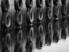 Dekk (sa Bergn) Tags: reflection dock tire bnw tyre