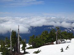 Clouds Still Waiting (cruiznbye) Tags: northwest hiking persis summits