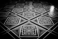 The Great Hall (justingreen19) Tags: urban news abstract lines square photography washingtondc smithsonian photo dc washington pattern foto photographer streetphotography angles landmark symmetry historic national tiles urbana symmetrical flooring terra fotgrafo symetrical floortiles abstracta nationalportraitgallery greathall fotografa portraitgallery patentoffice districtcolumbia patentofficebuilding americanartgallery justingreen19 justingreenphotography
