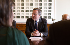 UK Prime Minister, David Cameron meets with senior business delegation in Pakistan (UK in Pakistan) Tags: pakistan lawn visit nationalmonument islamabad scb glaxosmithkline standardchartered tonyguy davidcameron shakarparian nishat gulahmed presidentzardari pmnawazsharif