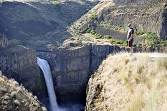 Look Out (picaday) Tags: waterfall washington desert palouse palousefalls