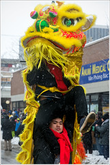 Behind the Scenes (Andy Marfia) Tags: chicago iso200 dragons parade uptown lunarnewyear argylest 1320sec f53 d7100 1685mm