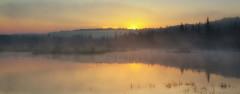 Jour levant (Renald Bourque) Tags: sunset canada color water canon wow photographer quebec québec iloveit lefion
