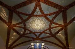 Luz suspendida (SantiMB.Photos) Tags: barcelona light espaa luz lamp mosaic mosaico ceiling artnouveau tiles modernismo catalua santpau techo azulejos lmpara domnechimontaner 2tumblr sal18250 2blogger