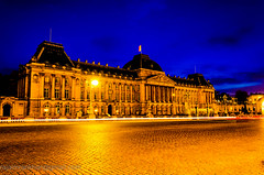 Koninklijk Paleis(Royal Palace Brussels) (Imran's) Tags: blue night photography nikon hour attractive 1855 nikkor coloursplosion coloursploision d5100 flickrunitedaward