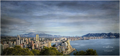 (026/15) Benidorm de punta a punta (Pablo Arias) Tags: trees espaa naturaleza nature photoshop mar spain agua arboles playa alicante cielo nubes calas hdr texturas benidorm smrgsbord panormica acantilados villajoyosa finestrat photomatix sigma1020 edificiosymonumentos olequebonito nikond300 greatmanipulart grouptripod oltusfotos goldenvisions pabloarias