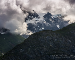 _D3_4251-Edit_Hoskovec_Alaska3000-_Fl_Hoskovec-.jpg (hoskovec photography) Tags: sky mountain alaska landscape outdoor glacierbay glacierbaynationalpark mountainpeak hoskovec hoskovecphotography cloudmountainside