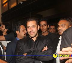 Salman Khan (SpotboyE) Tags: gene lara khan juhi kapoor abhishek nene preity zinta farah shahid bachchan salman singh chawla madhuri goodenough dixit yuvraj dutta sharukh