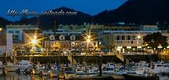 Puerto de Bueu (Bueu en fotos) Tags: puerto barcos nocturna pantalan