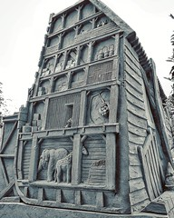 Noah's Ark #noahsark #noahsanimals #ark #story #sandsculpture #sculpture #blackandwhite #bnw #bw #bws #lightanddark (Chantal vander Reijden) Tags: blackandwhite bw sculpture story ark sandsculpture bnw lightanddark noahsark bws noahsanimals