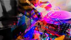 X ploding miX (https://www.facebook.com/photographe.maximepateau) Tags: color colors moving movement hands dj hand couleurs main mani manos turntable mano transparent mains maxime couleur mouvement hnde platine pateau