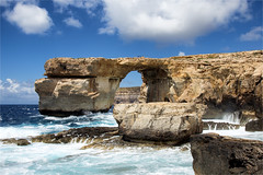 Azure window / Gozo (zilverbat.) Tags: sea sky people tourism nature clouds danger landscape bay rocks natural outdoor postcard dive natuur landmark visit malta tourist iconic hotspot gozo dwejra azurewindow zilverbat