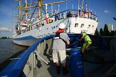Tall Ship's Race 2016 Fairplay III met Mir DST_4325 (larry_antwerp) Tags: fairplayiii antwerptowage mir antwerp antwerpen       port        belgium belgi          schip ship vessel        schelde        tallshipsrace