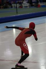 A37W0485 (rieshug 1) Tags: ladies sport skating worldcup groningen isu dames schaatsen speedskating kardinge 1000m eisschnelllauf juniorworldcup knsb sportcentrumkardinge worldcupjunioren kardingeicestadium sportstadiumkardinge