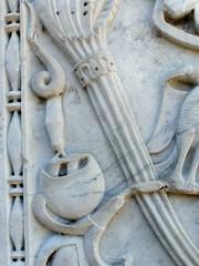 San Gemini - Abbazia di San Nicol (Martin M. Miles) Tags: italy bird snake birdsnest umbria metropolitanmuseumofart terni carsulae nestling umbrien sangemini abbaziadisannicol abbeyofsannicol