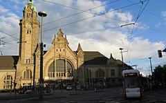 Krefeld (Jean (tarkastad)) Tags: station train germany deutschland gare tram railway lightrail streetcar allemagne tramway lrt tarkastad tg strasenbahn
