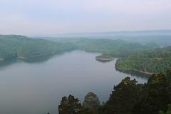 Raystown Lake (daveynin) Tags: sky mountain lake hills hazy overlook