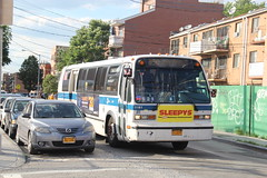 IMG_4344 (GojiMet86) Tags: mta nyc new york city bus buses 1999 t80206 rts 5181 q50 linden place 32nd avenue