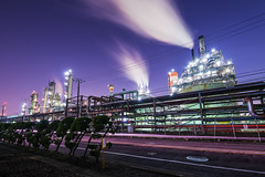 Purple Factory (arcreyes [-ratamahatta-]) Tags: longexposure japan night landscape lights  bluehour industrialpark kawasaki     2013 facotry kanagawaprefecture ukishima  agustinrafaelreyes