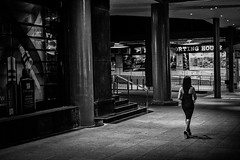 Night Girl (wilsonchong888) Tags: leica white black singapore streetphotography mmonochrom leicamsummilux35mmf14asphii