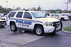 Lyons, IL. (335 Photography) Tags: illinois tahoe police chevy suv