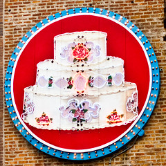 Have Some Cake (Thomas Hawk) Tags: usa chicago cake illinois neon unitedstates unitedstatesofamerica bakery cookcounty chicagoland windycity labaguettebakery