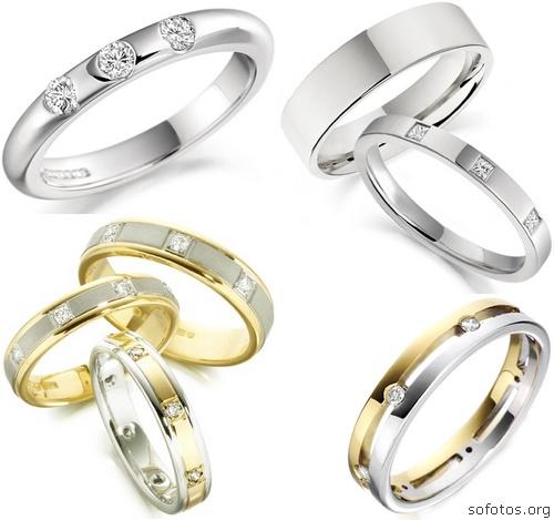 Alianças de casamento prata e douradas