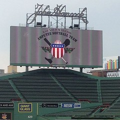 #fenwaypark for the Boston First Responders vs the Wounded Warrior amputee softball team #instamedics #woundedwarrior #usa #america #bostonems #bemsra #ems #instamedics (Boston EMS Relief Association) Tags: instagram ifttt