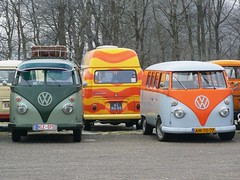 "AM-70-77 Volkswagen Transporter kombi 1966 • <a style=""font-size:0.8em;"" href=""http://www.flickr.com/photos/33170035@N02/9717059090/"" target=""_blank"">View on Flickr</a>"
