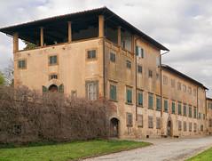 Villa Saletta -PI- (Berri_zolonte) Tags: italy building digital nikon village medieval 55mm tuscany micro finepix villa photomerge nikkor dslr stitched saletta