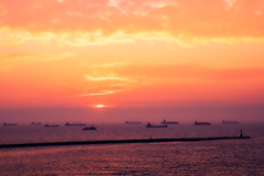Golden Hours (Ted Tsang) Tags: sunset sea sky bay ship taiwan olympus kaohsiung 夕陽 高雄 西子灣 em1 英國領事館 britishconsulate sizihwan anawesomeshot 1240mmf28