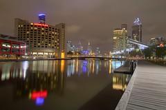 Melbourne Yarra river at night (jeglikerikkefisk) Tags: australia melbourne victoria australien fluss yarrariver spiegelungen