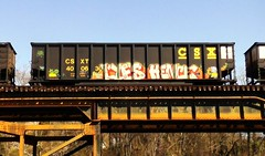 LYES & HENCE (BLACK VOMIT) Tags: car train graffiti ol south dirty mc dos coal freight wh lyes hence coalie