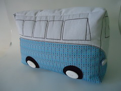 Kombi - Pillow (By Raquel Patch) Tags: pillow almofada