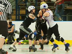 IMG_0423 (clay53012) Tags: ice team track flat arena madison skate roller jam derby league jammer mrd bout flat wftda derby womens track hartmeyer moocon2016