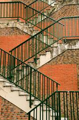 _DSC2833 (adrizufe) Tags: ladrillo nikon bilbao basquecountry escaleras estrecho barandilla nikonstunninggallery aplusphoto d7000 adrizufe adrianzubia