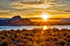 Lake Powell sunrise, Page Arizona. (Paul Tottman) Tags: vermillioncliffsf lalepowell arizona