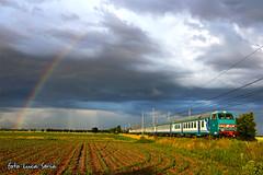 RV2699 (equo25) Tags: train rainbow eisenbahn railway zug locomotive arcobaleno treno regional regenbogen lok elettrica regionale locomotiva passeggeri e464 personenzug ellok regiozug