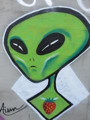 Portugal - Oporto - Street art - Alien (JulesFoto) Tags: spain galicia ourense streetart alien