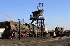 I_B_IMG_7378 (florian_grupp) Tags: china railroad train landscape asia mine desert muslim railway steam xinjiang mikado locomotive ore js steamlocomotive 282 opencastmine yamansu