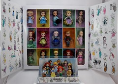 Disney Animators' Collection Deluxe Figure Playset Versus 15-Piece Mini Doll Set (Opened) - Boxed - Full Front View (drj1828) Tags: us disneystore 2016 disneyanimatorscollection minifigure playset disney princess purchase deboxed minidoll disneyland