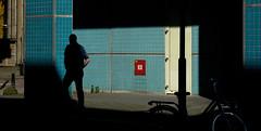 Politiebureau, Rotterdam. 2016 (Caio Vita) Tags: street light netherlands photography rotterdam shadows streetphotography fujifilm xt10 fujifilmx