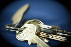 Key (Alf Kollin) Tags: nycklar key bunt lule nikon d5500 macro nrbild adapt adjust suit accommodate fit fitonstmmasue voice tune attune pitch