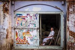 Tiruchirappalli | Tamil Nadu (chamorojas) Tags: 60d chamorojas albertorojas india oldman storefront tamilnadu tiruchirappalli trichy