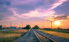 SAM_0829-3 (mrlnsevilla21) Tags: rural train landscape texas katy houston sunsets rail railway paisaje puestadelsol