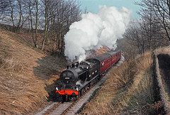 Midland 4F. (thrimby2002) Tags: 4f 43924 haworth kwvr