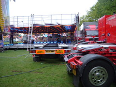 East Park pull down - Stewart Robinson (Unimog1300L) Tags: hull dodgem stewartrobinson internationalfunfairseastpark