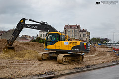 VOLVO EC210CL (Alexandre Prvot) Tags: france construction nancy construccin lorraine worksite buildingsite travaux chantier cugn grandnancy baustellebauplatz