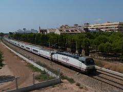 "renfe Talgo. ""Mare Nostrum"" (Ferrocarril en Valencia) Tags: de serie vi locomotora renfe talgo 252 s252"